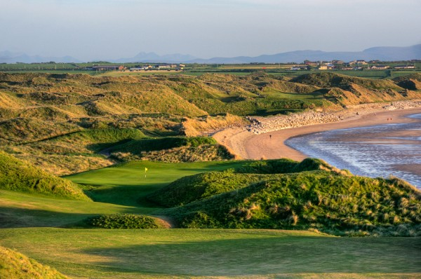 Hole 11 of 18 Great Holes on Wild Atlantic Way Golf Tours